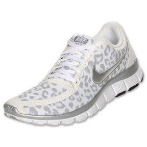 cheaper 3d9eb f0116 Nike Leopard Print Shoes White